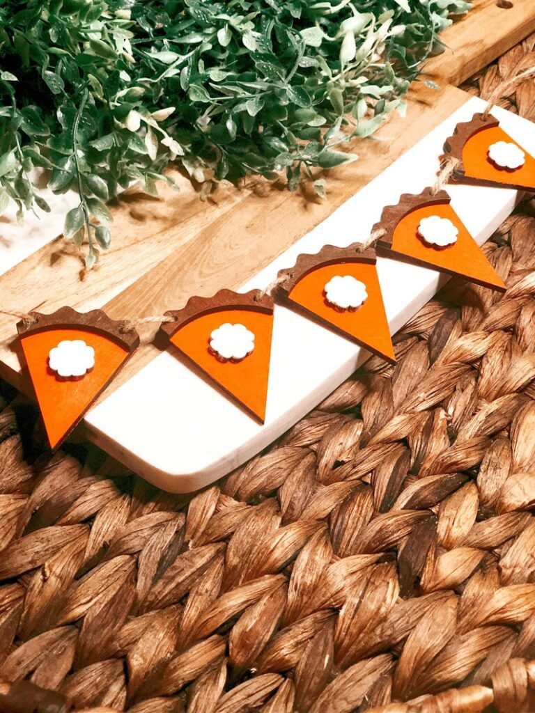 Wooden Pumpkin Pie garland for home decor
